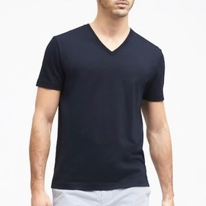 Banana Republic Gray V-Neck Short Sleeve Tee